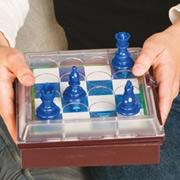 В ближайшее время в продажу поступит и приложение Solitaire Chess для