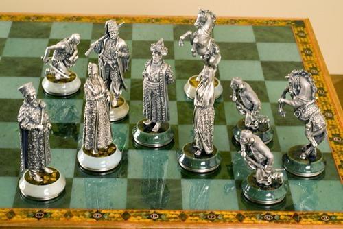 Как сделать своими руками шахматную доску из картона 139