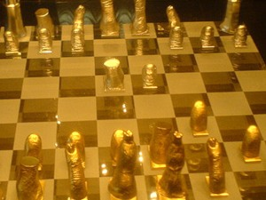 шахматы Сальвадора Дали